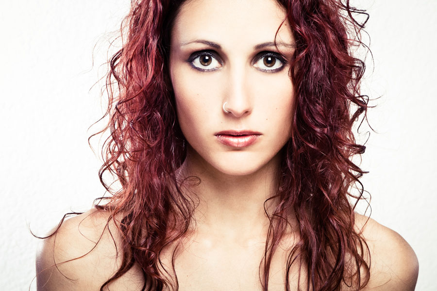 Indie Artist Spotlight: Interview with Laura Vall from The Controversy