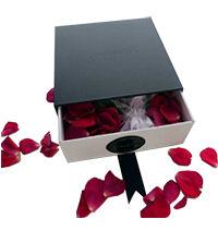 enclosed gift box