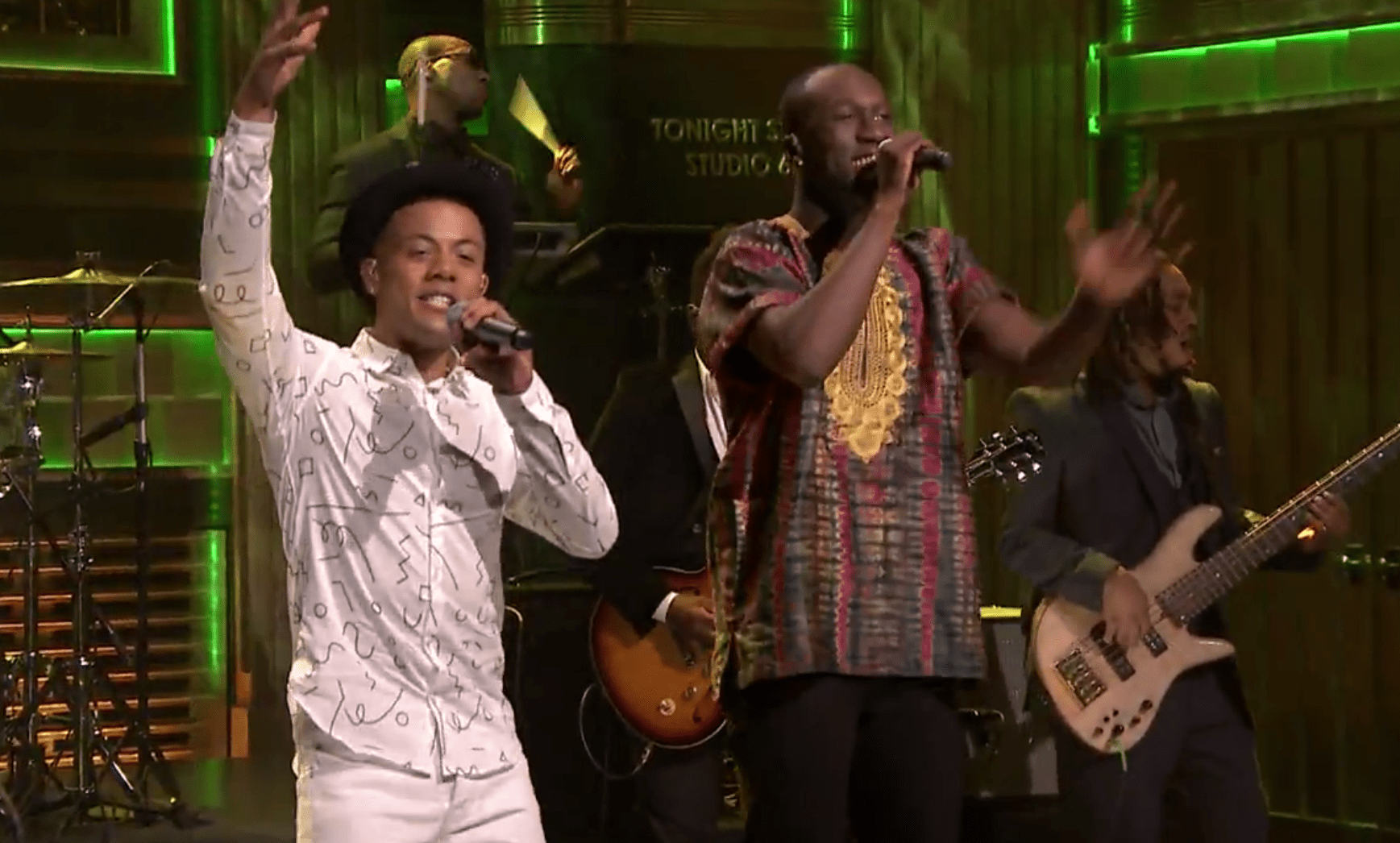 "Nico & Vinz Perform ""Am I Wrong"""
