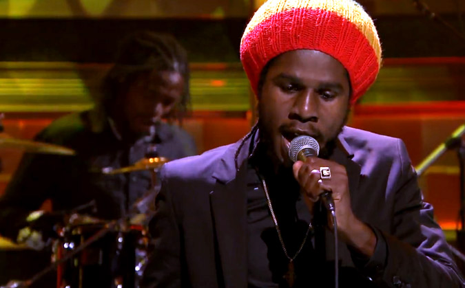 "Chronixx Performs ""Here Comes Trouble"""