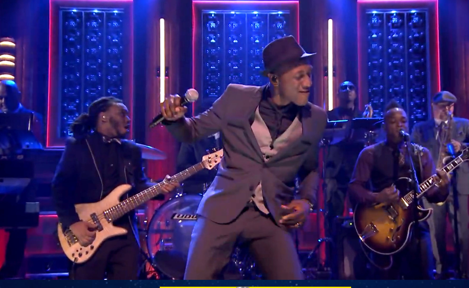 "Aloe Blacc Shows Off Dance Moves in This Performance of ""Love is the Answer"""