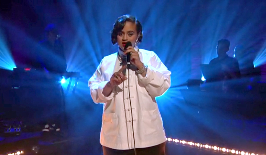 "Seinabo Sey Performs Her Soul-Pop Hit ""Younger"""