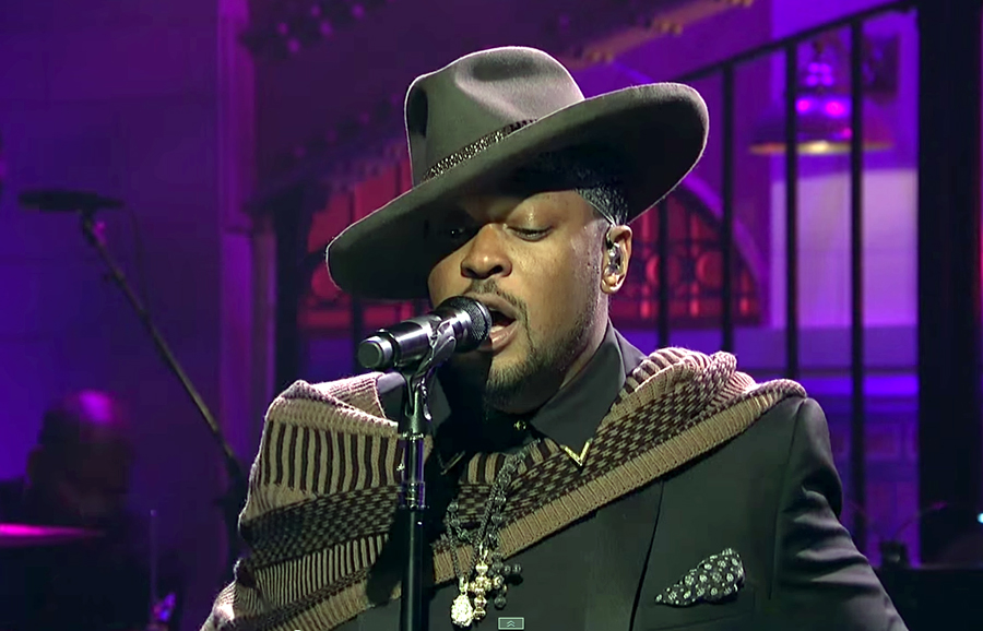 D'Angelo Makes a Triumphant Return to Music with SNL Performance