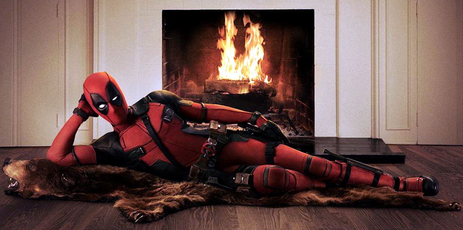 Ryan Reynolds Reveals Deadpool Costume on Twitter