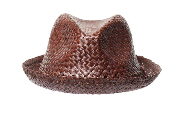 nobis hat