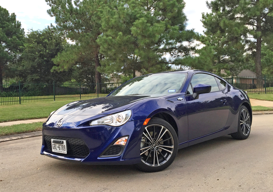 2016 scion fr s delivers sports car performance at an. Black Bedroom Furniture Sets. Home Design Ideas
