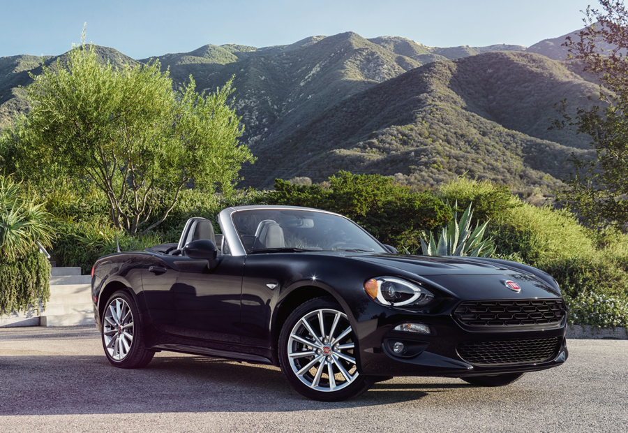 The 2017 Fiat 124 Spider Pays Homage to the Past