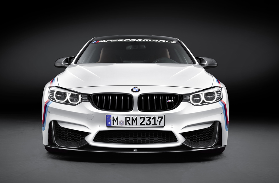 BMW Tricks Out M4 Coupé with New BMW M Performance Parts
