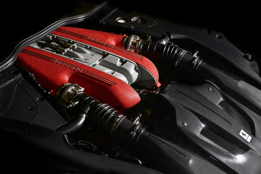 Ferrari F12tdf engine