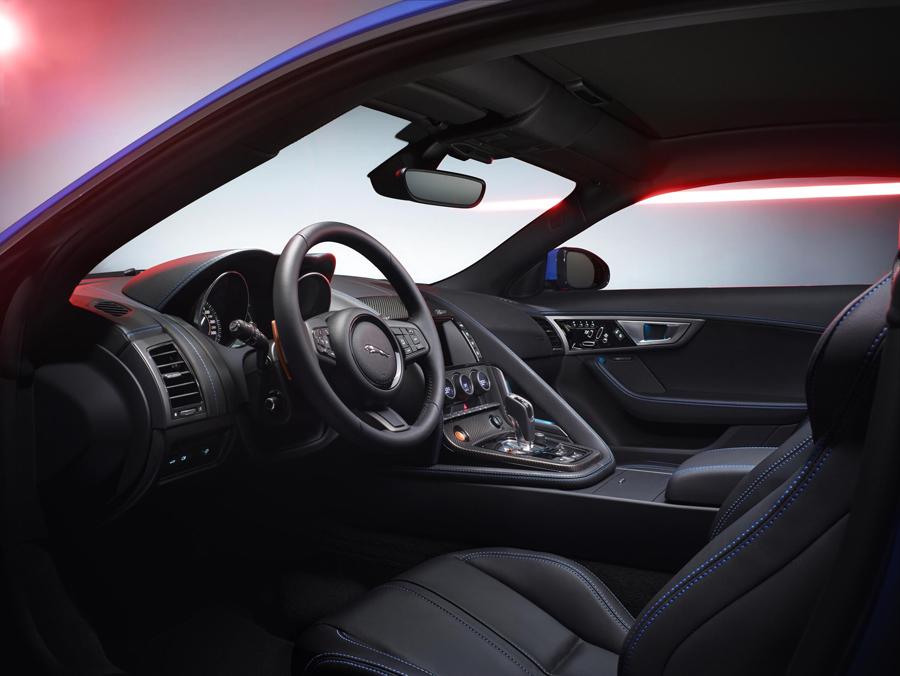 JAGUAR F-TYPE British Design Edition interior
