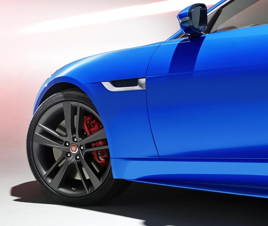 JAGUAR F-TYPE British Design Edition wheels