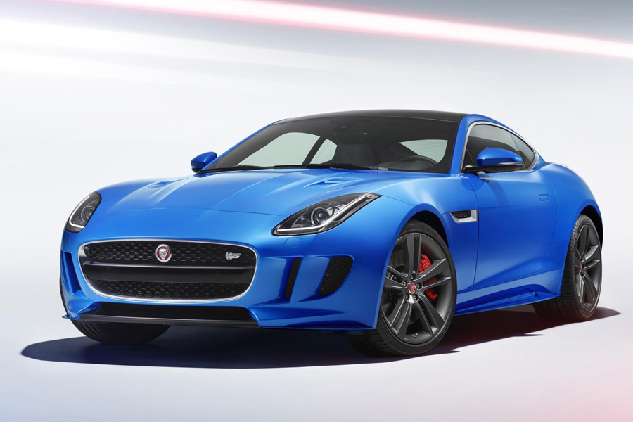The Jaguar F-TYPE British Design Edition is a Study in Contemporary British Design