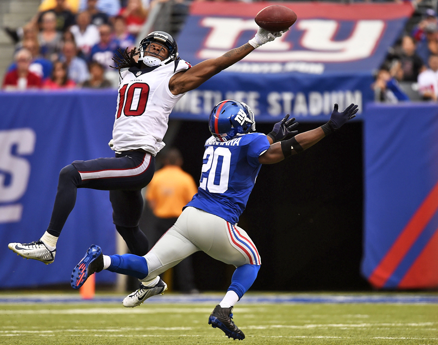 10 Best Catches of the 2015 NFL Season