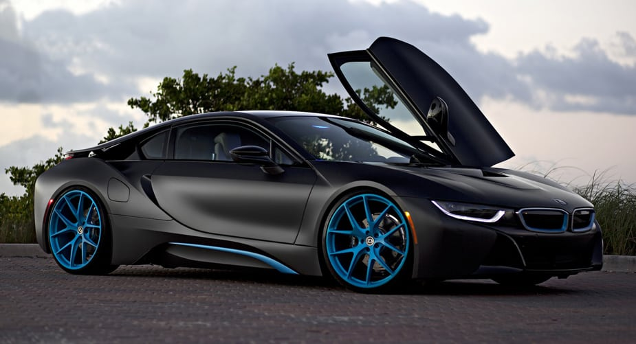 bmw i8 conencted car