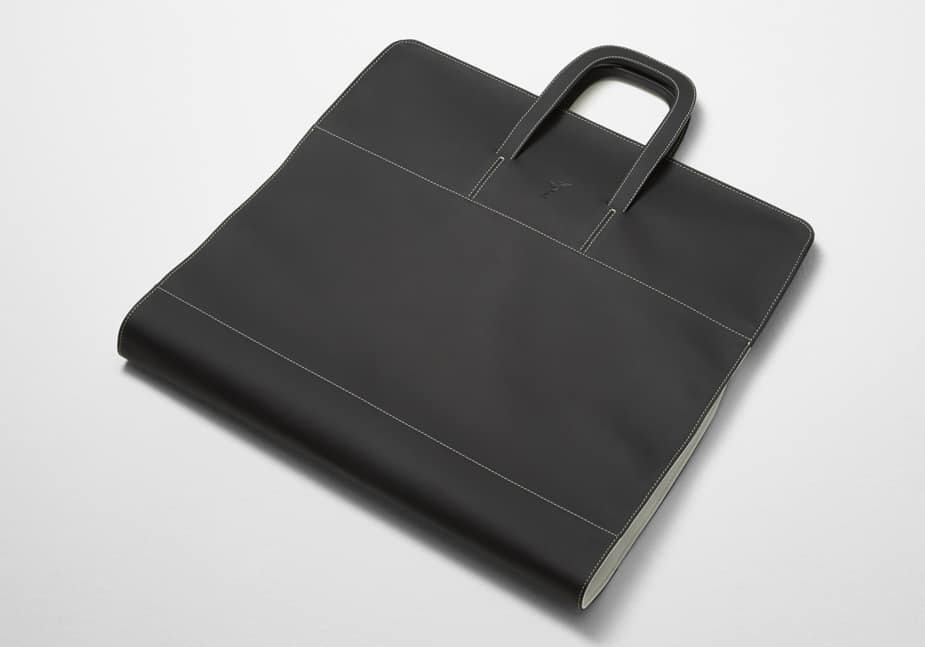 Rolls-Royce Wraith Luggage collection garment bag