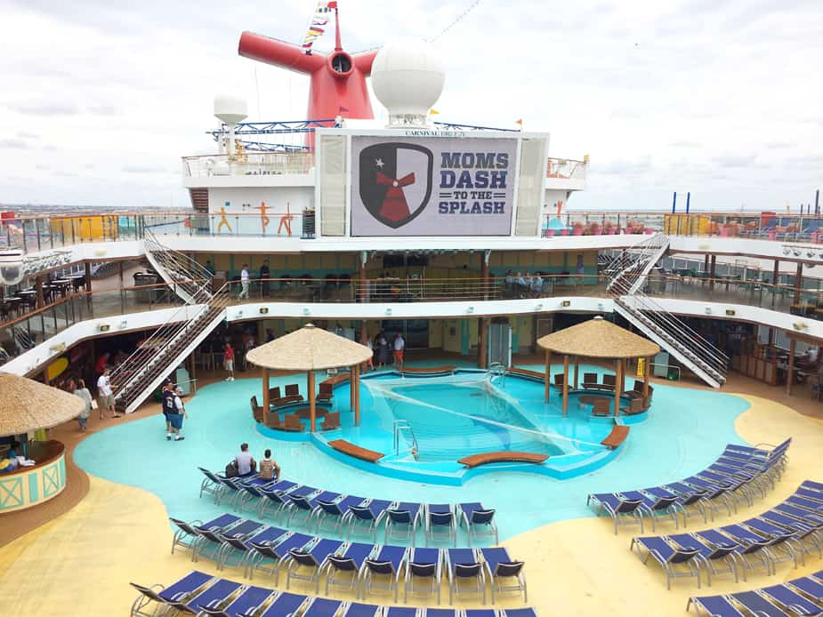 carnival breeze lido deck