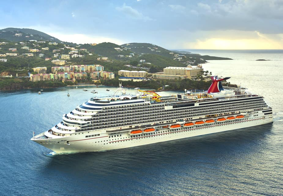 The Houston Texans Welcome the Carnival Breeze to Galveston, TX with a Fun Mother's Day Event